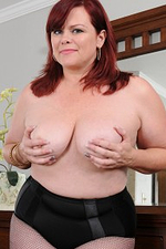 Curvaceous Older Marcy Diamond Shows Those Big Soft Bazookas As She Acquires Nude