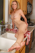 Mature Housewives - Marie