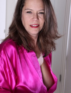 breaks milf women Exotic pictures archive of women in years free mature porn galleries sorted by categories  34 year old exotic milf alina breaks from her packing to do a strip.