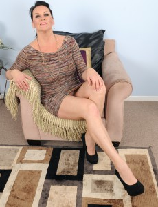 46 Year Old Stering from  Onlyover30 Puts on a Superb and Nude Show