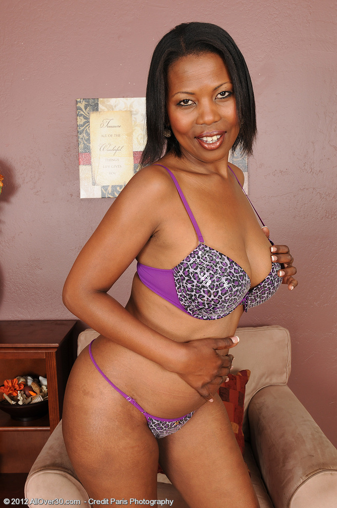 Older and Deviant Sapphire from  Onlyover30 Strutting Her Fine Ebony Ass
