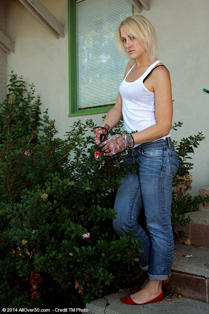 32 Year Old Dylan Ryan from  Onlyover30 Doing a Little  Nude Gardening