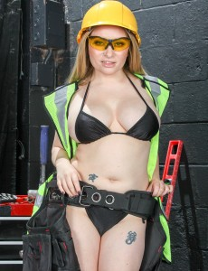 Aiden Starr is the Cutest 35 Year Old Construction Worker Online