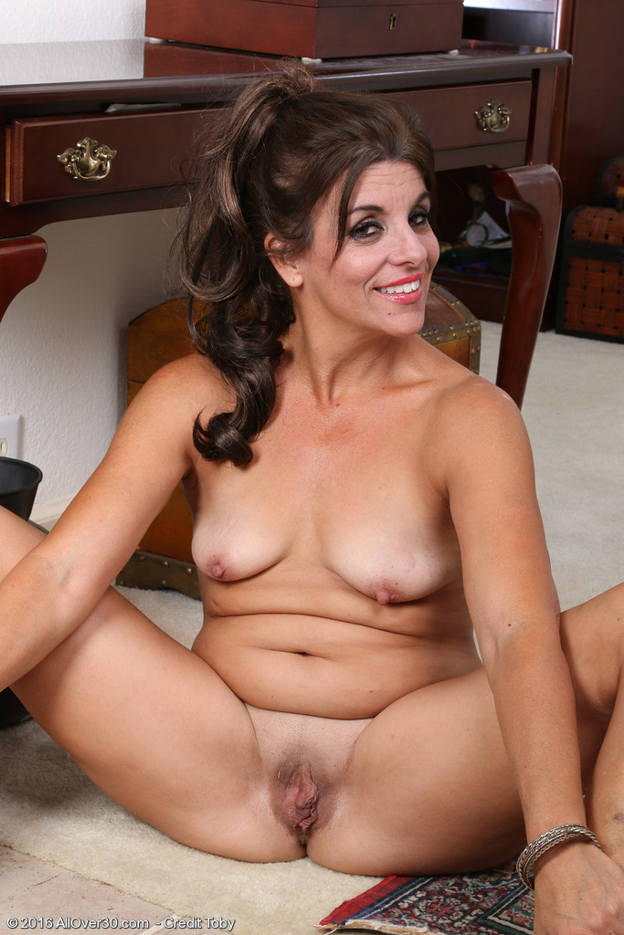 Nasty babe with a killer body loves to toy every single hole 4